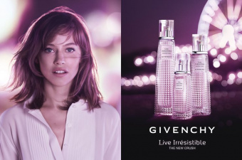 Givenchy Live Irresistible Blossom Crush